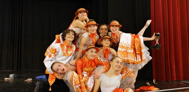 Premier prix de nos élèves au Concours International CND 2020 pour leur danse russe.